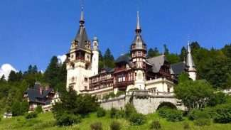 5 Must-Visit Places in Romania